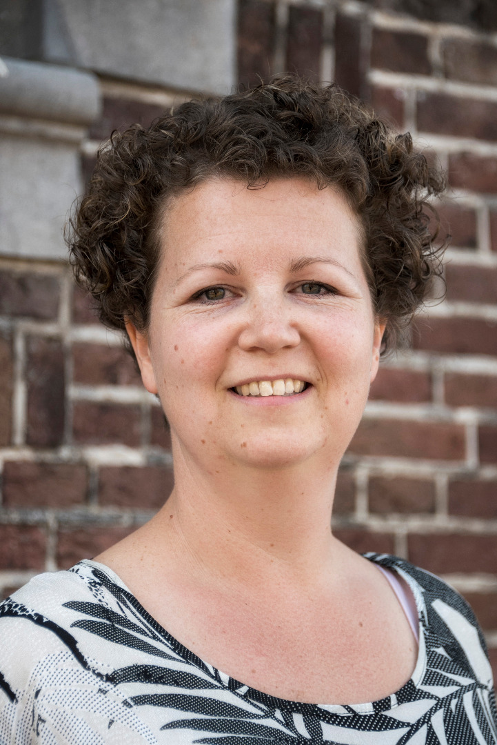 Monique van den Bosch